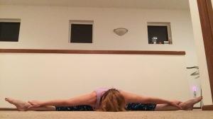 straddle stretch